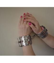 Бронзовые наручники с розовым меховым подкладом